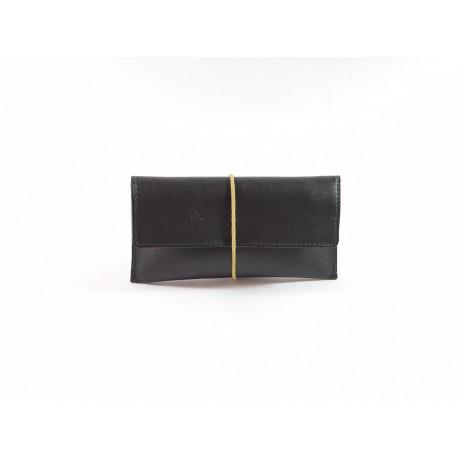 GARGILESSE  est une pochette en cuir 100% MADE IN BERRY en France ! Fabrication artisanale!